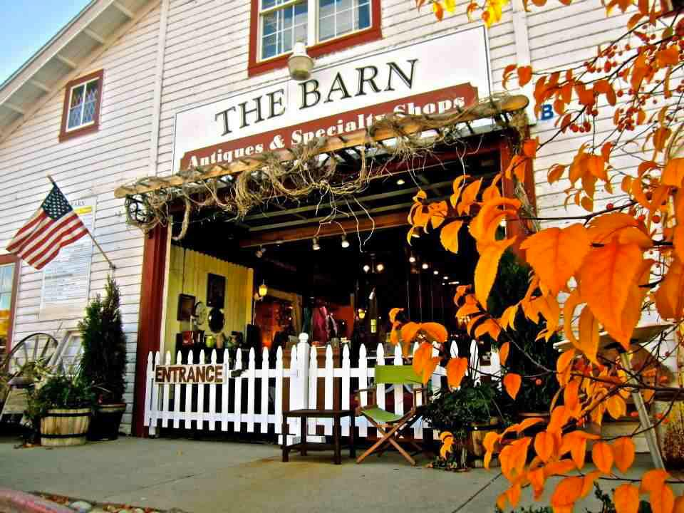 Fall-at-The-Barn-2
