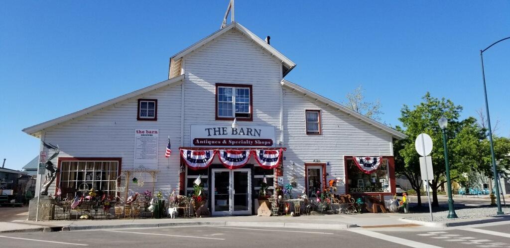 The-barn-05262019